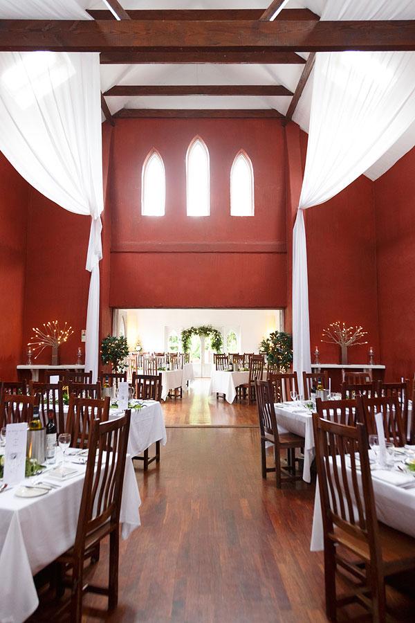 Barnabrow-dining-room